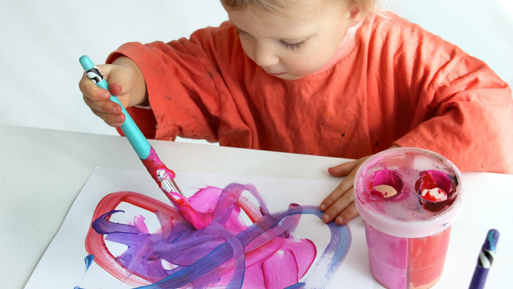 toddler creative art classes